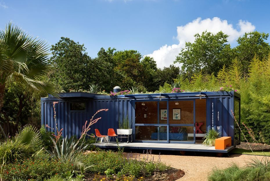 Container Guest House - Exterior