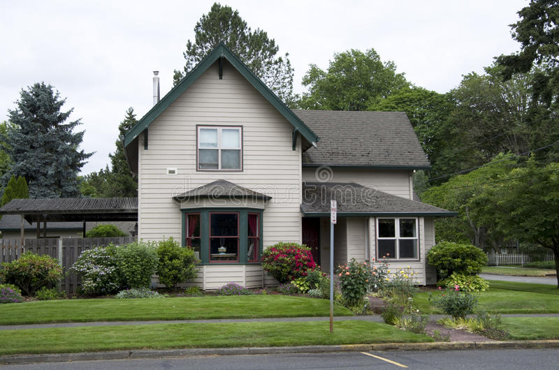 Old house america. Nice mid size old house in a small town near Portland, Oregon, USA royalty free stock photos