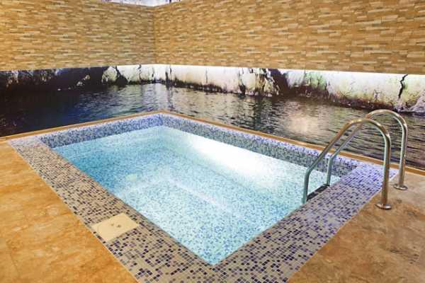 Мозаика для бассейнов - декоративная и функциональная отделка бассейнов
